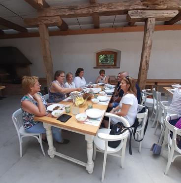 Villabogárt ebéd